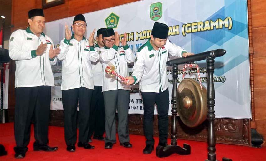 Gerakan Ayo Membangun Madrasah (GERAMM) Dilaunching di Trenggalek