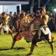 Peserta Turonggo Yak-Jazz di halaman Pendopo Trenggalek unjuk kebolehan