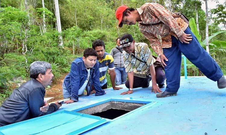 Bupati Trenggalek saat safari infrastruktur di Kecamatan Tugu. (ist)