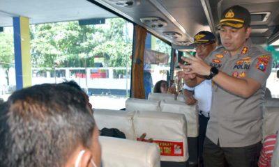 Cegah Virus Corona, Kapolres Trenggalek Pimpin Aksi Bersih di Terminal Bus Surondakan