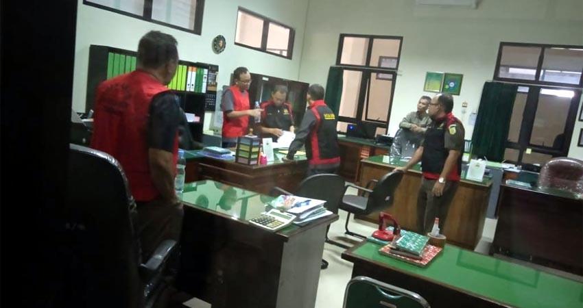 penggeledahan Kejari Trenggalek di kantor Pengadilan Negeri Trenggalek