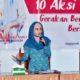 Ketua TP PKK Trenggalek saat memberikan sosialisasi terkait 10 rencana aksi dalam gerakan berjarak. (ist)