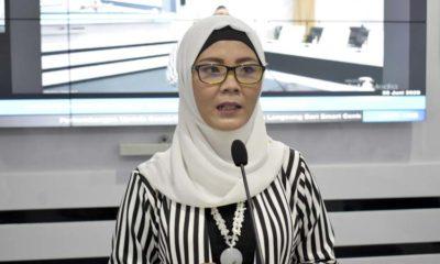 Juru bicara Gugus Tugas Percepatan Penanganan Covid-19 Kabupaten Trenggalek dr Murti Rukiyandari saat teleconference di gedung Smart Center. (ist)