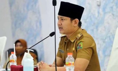 Bupati Nur Arifin saat memimpin rakor soal pelaksanaan program Pamsimas di gedung Smart Center. (ist)