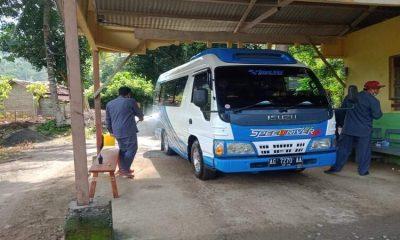 Penerapan protokol kesehatan di lokasi wisata Pantai Mutiara Kecamatan Watulimo Kabupaten Trenggalek.