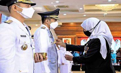 Bupati dan Wakil Bupati Trenggalek Resmi Dilantik Gubernur Jatim