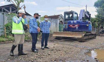 Bupati Arifin Minta Dinas PUPR Pantau Perbaikan Jalan Karangan-Nglongsor